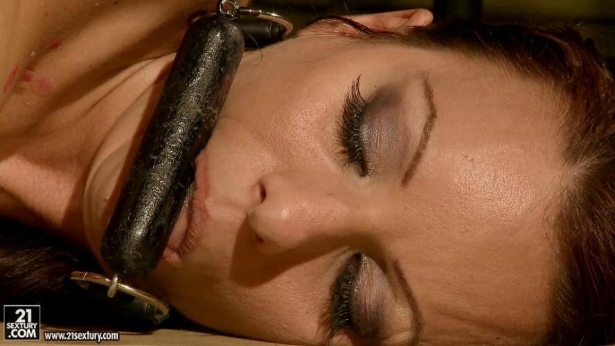 BDSM Vivien Bianchy