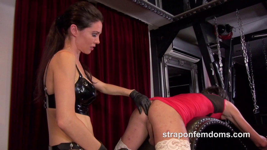 Femdom and Strapon Mistress Susi and the Sissy Whore