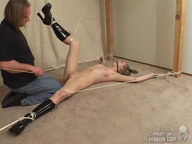 BDSM Cloe Hart