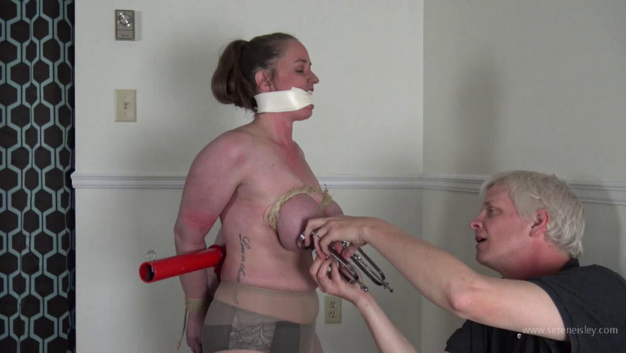 BDSM Pepper Sterling: Banner T Nipple Cages
