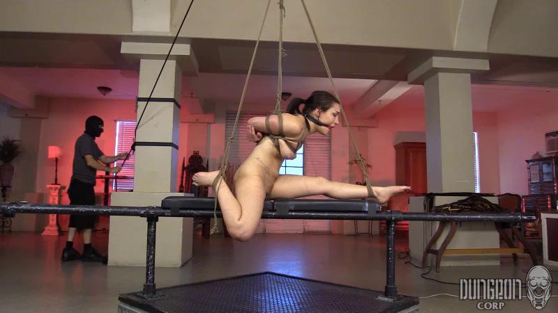 BDSM Feenix Tops Gabi