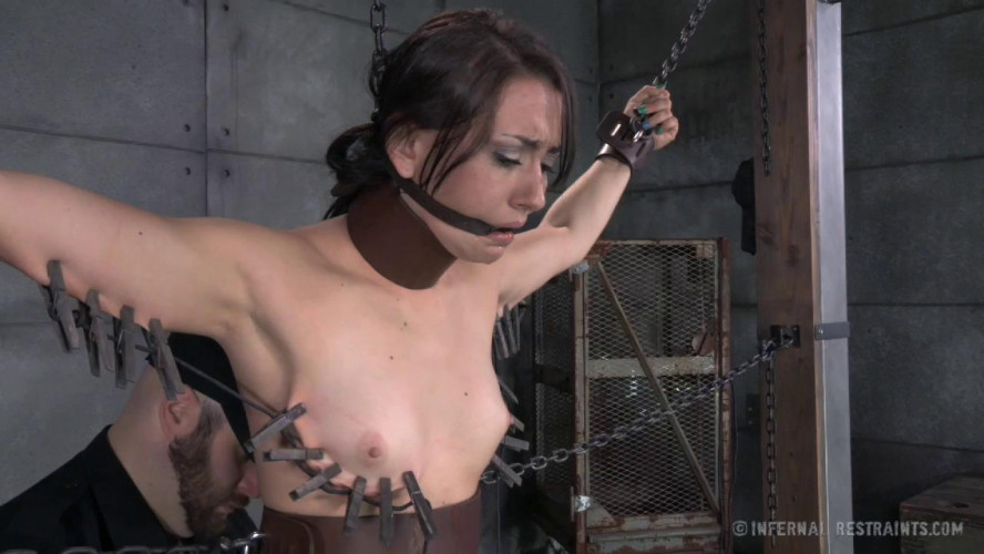 BDSM IR - A Freshly Chained - Mandy Muse, OT