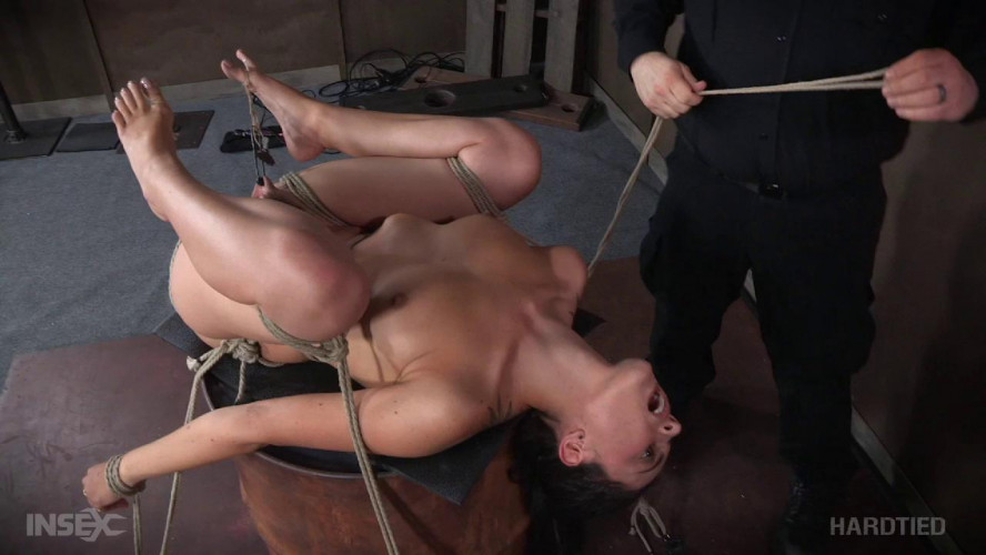 BDSM Roxanne Rae - Bush Barrel