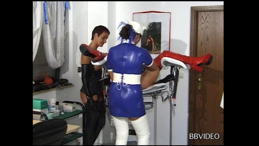 BDSM Dr. Gummina 2