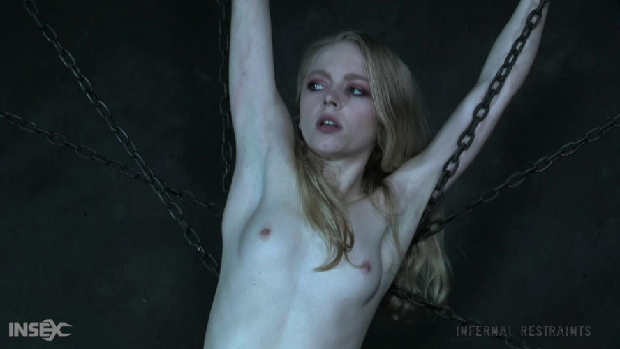 BDSM Alice In Chains - Alice