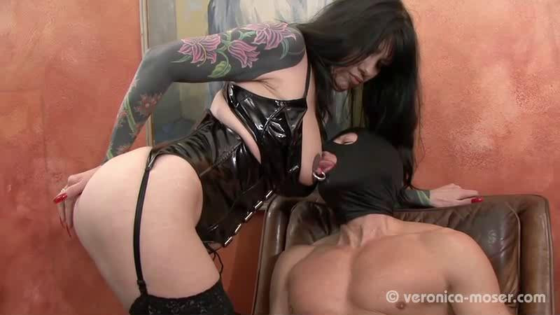 Femdom and Strapon Veronica Moser