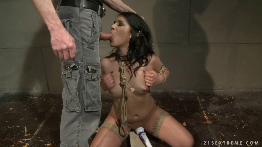 BDSM Franks Little Pet Girl - Naomie