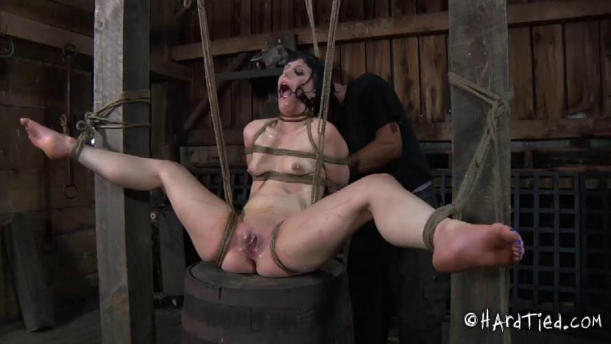 BDSM HD Bdsm Sex Videos Stretching Legs