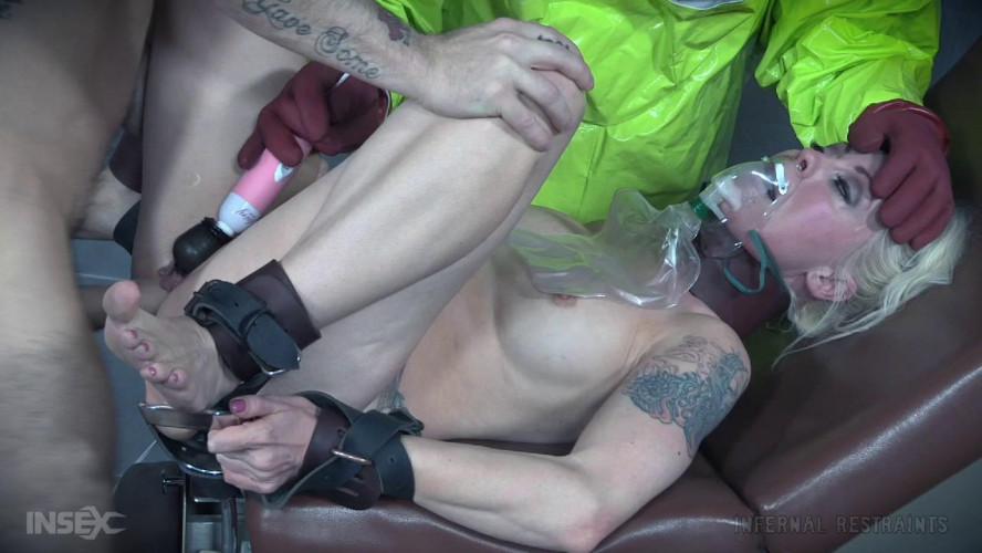 BDSM Sick Doctor Treats the Sick - Lorelei Lee
