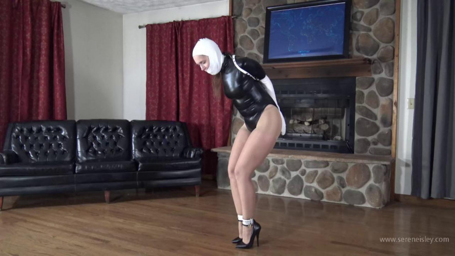 BDSM Rachel Adams in White Ledermeister Gear