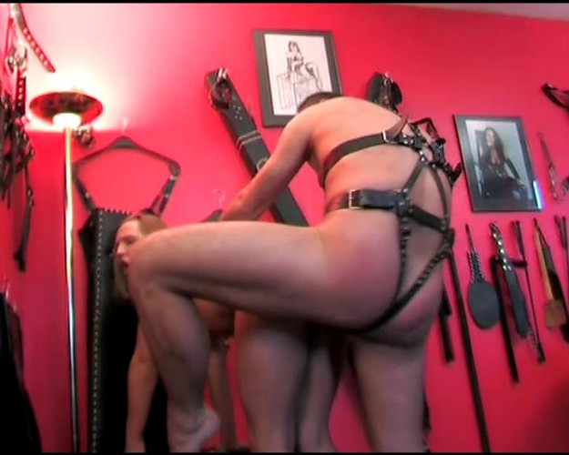 Femdom and Strapon Sexy young switch