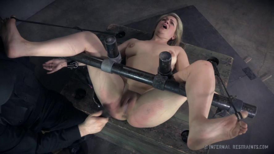 BDSM Winnie Rider Yes, Yes, Yes!!!