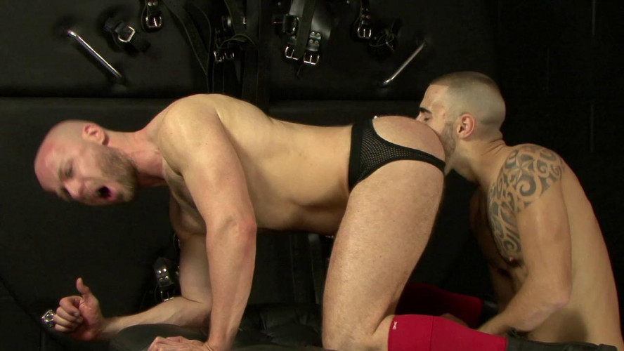 Gay BDSM Nathan Price  and Will Helm