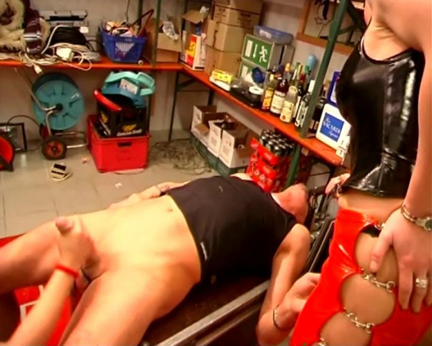 Femdom and Strapon Pussy for the slave