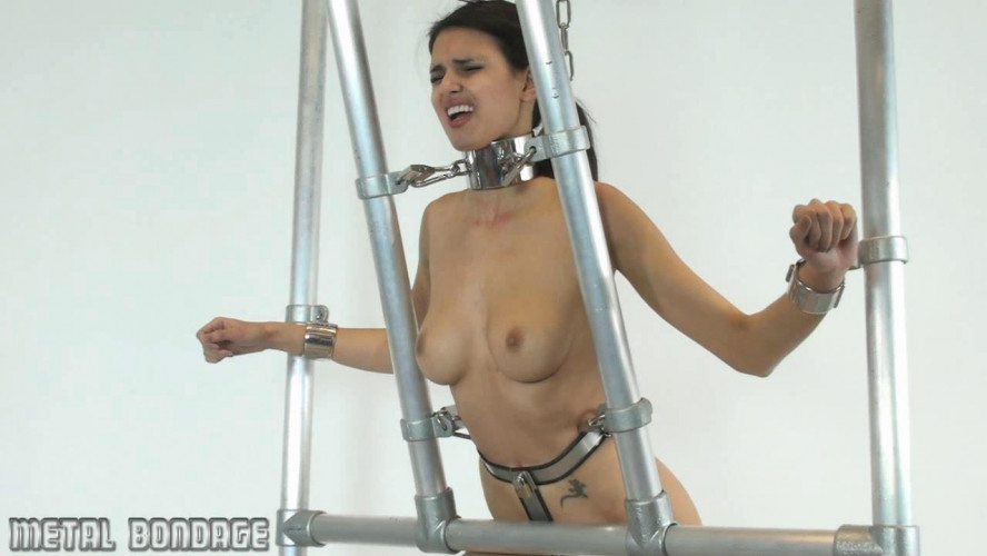 BDSM Greek Goddess In Chains and Shackles - Jasmine Andreas - Full HD 1080p