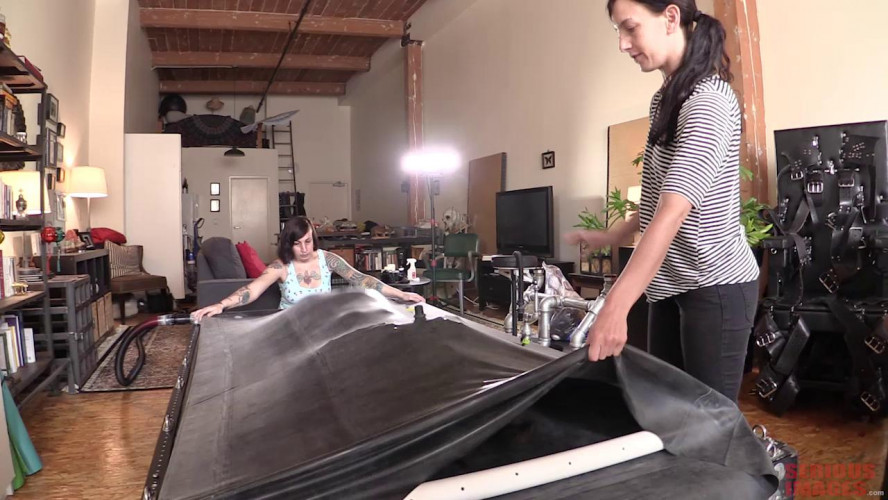 Femdom and Strapon Kink Engineering VacBed Test