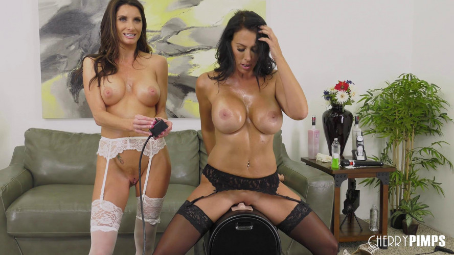 Sex Machines Silvia Saige & Reagan Foxx HD