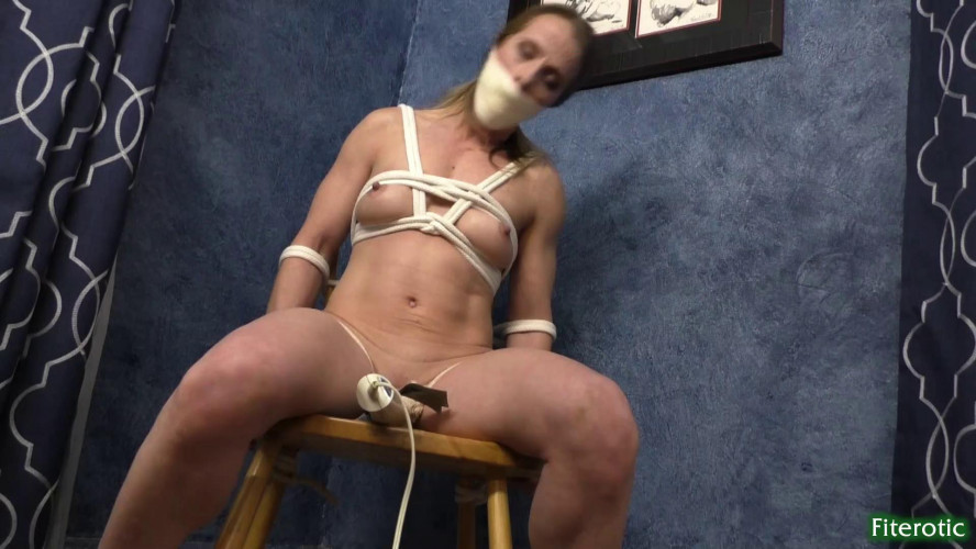 BDSM Fiterotic video Claire Cums Home By David Mack on March 22, 2020