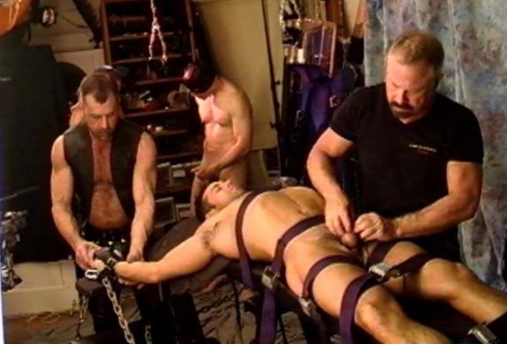 Gay BDSM Ballbusting Fest