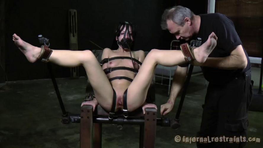 BDSM Grace Under Pressure Part Two - Elise Graves  PD