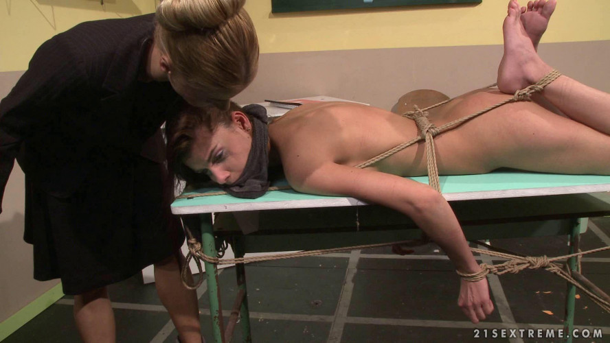 Femdom and Strapon Nikky Thorne & Betty Stylle