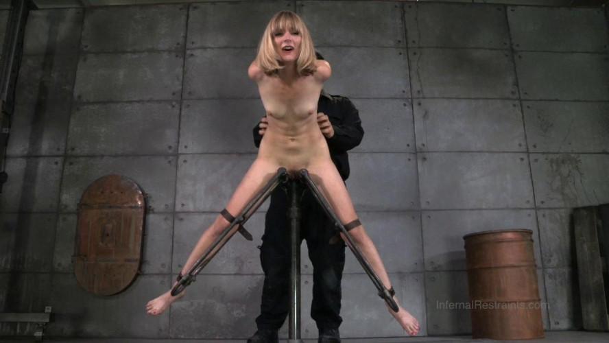 BDSM IR - Blonde Mona Wales and OT - Mona Wails