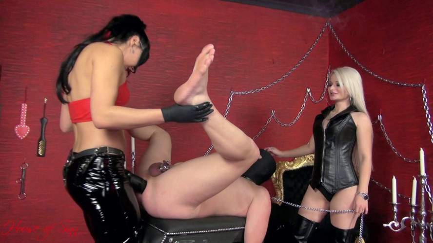 Femdom and Strapon A bitch in heat