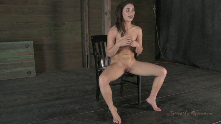 BDSM Sexy French Girl does not Surrender