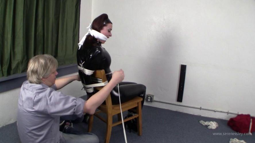 BDSM Latex Serene Isley - Cat Burglar in Distress