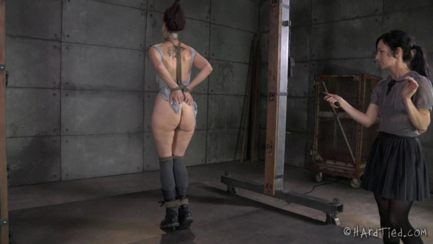 BDSM HT - The Dream Realized - Emma and Elise Graves