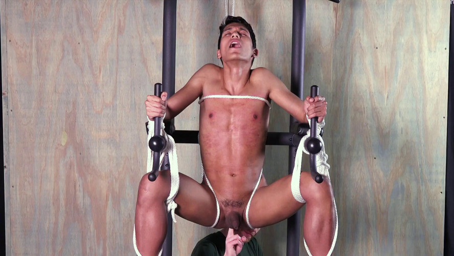 Gay BDSM Matie Latin Slave