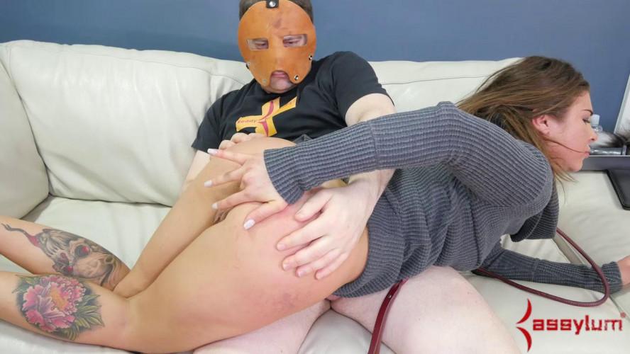 BDSM Felicity Feline - Assie