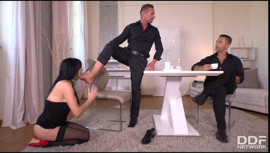 BDSM Fisted, Spanked and Penetrated
