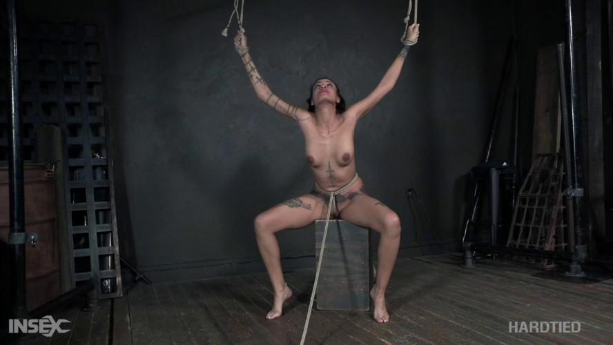 BDSM R.E. Zee - Rezist