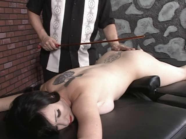 BDSM The Sting Of Submission