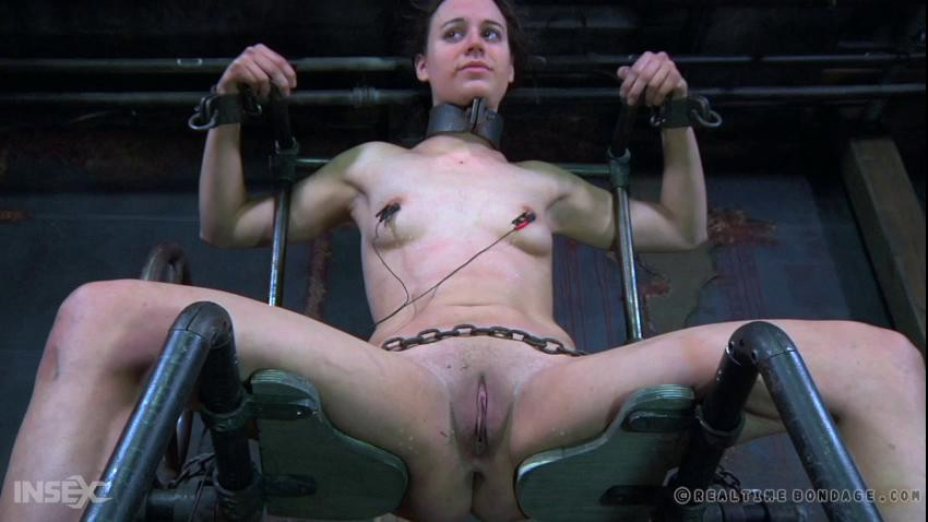 BDSM  Dee - The Submission