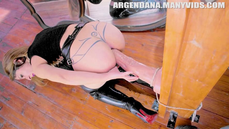 Fisting and Dildo ArgenDana - I Take It Deep