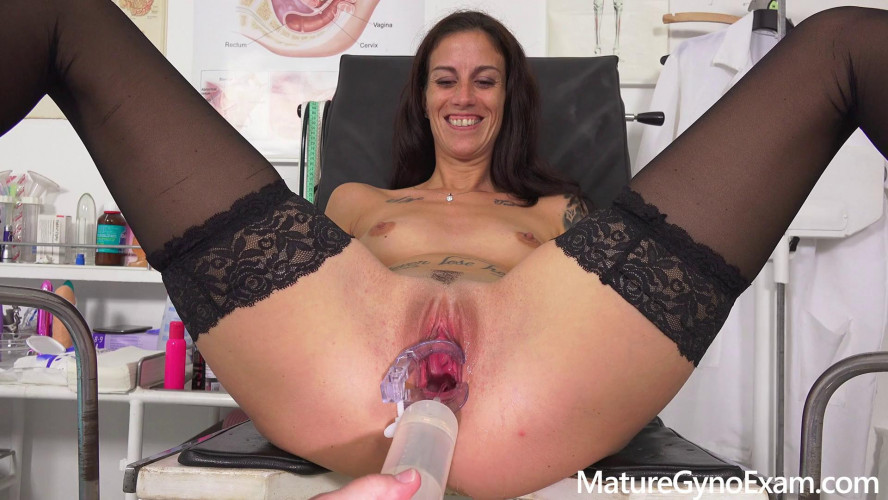 Sex Machines  Ali Bordeaux Gyno Exam
