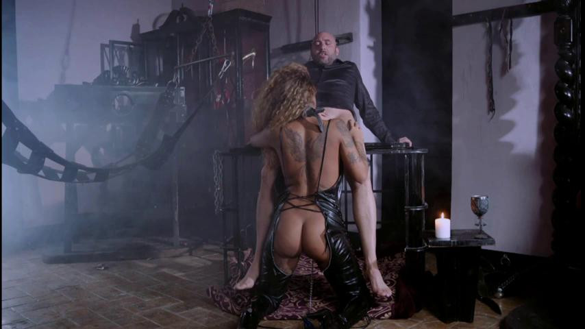 BDSM Dungeon Encounters