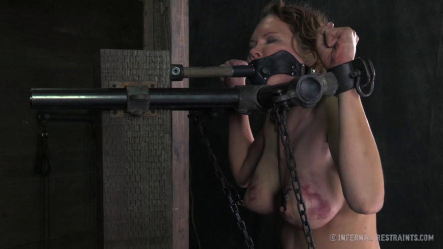 BDSM IR - Ass Trauma - Rain DeGrey, Cyd Black