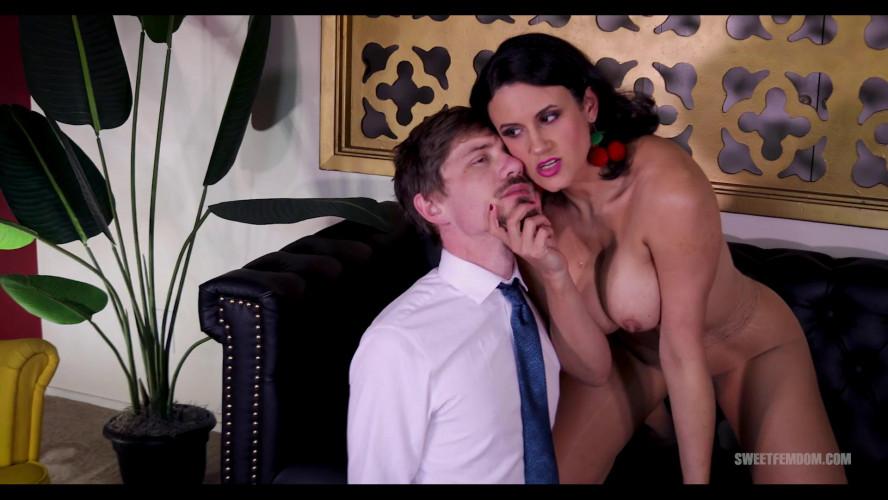 Femdom and Strapon Penny Barber - Intern Seduction