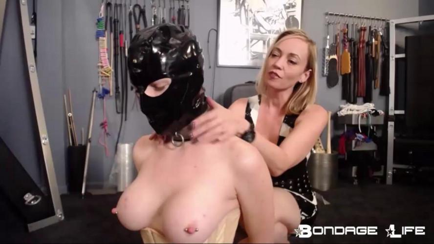 BDSM Latex laisa bella torment