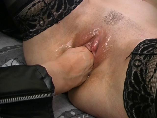 Fisting and Dildo Lesbians get rough
