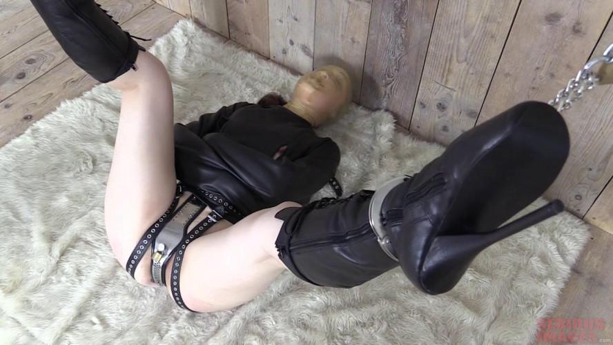 BDSM Pussy Locked