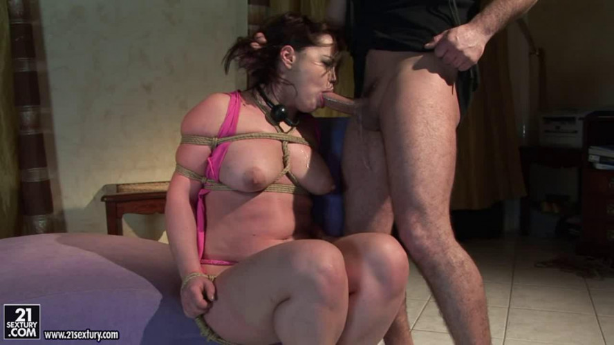 BDSM The Pleasure Prisoner