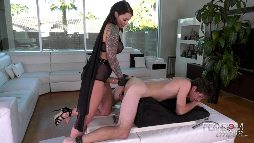 Femdom and Strapon Ivy Lebelle