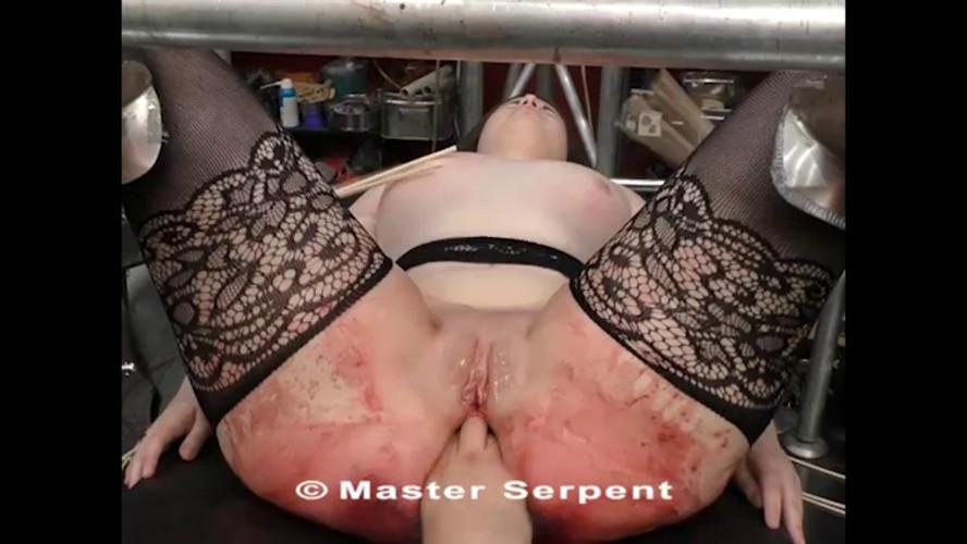 BDSM Beauty Amanda Visiting the Torture Galaxy part 2