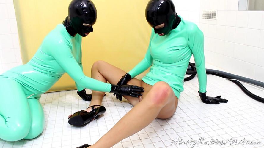 BDSM Latex Rubber Clinic
