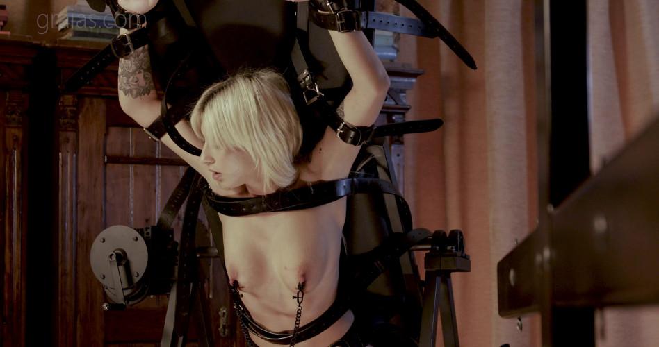 BDSM Graias - The Beauty - Pt. 01