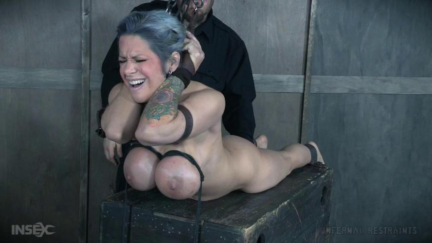 BDSM Alyssa Lynn